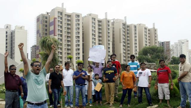 Just a refund not enough, say Parsvnath, Unitech buyers