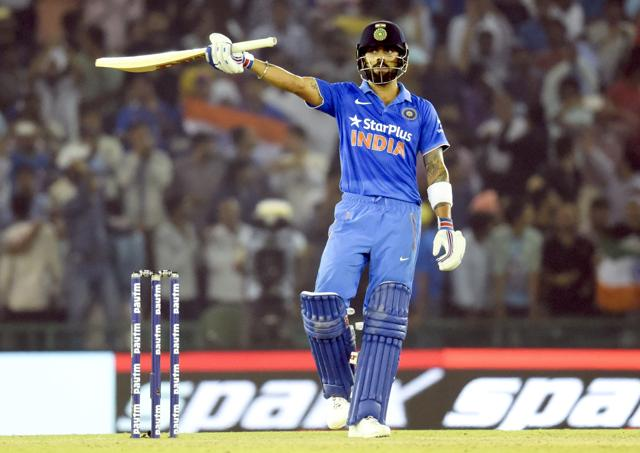 Red-hot Virat Kohli dons the Tendulkar mantle, sets example for Rohit.