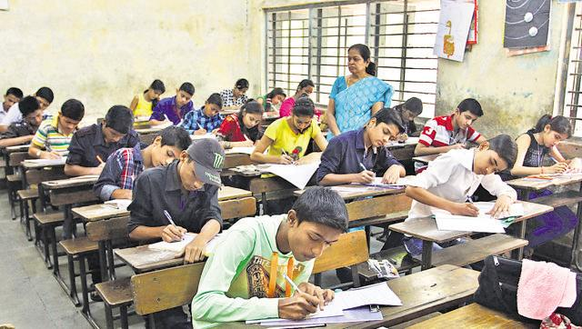 Kerala: Over 4 lakh people sit in exam for 500 LDC posts