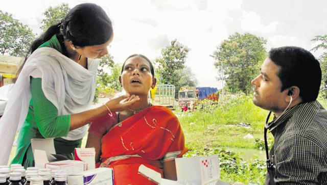 In Chhattisgarh's red corridor, mobile clinics go where no doctors have been