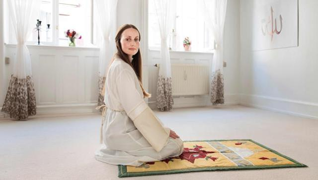 Denmark's first feminist mosque founder challenges norms