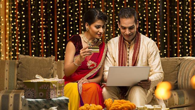 Why are so many people doing their Diwali shopping online? We find out