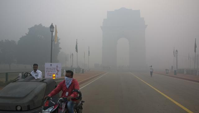Unusual direction of winds this year has made Delhi's smog problem worse