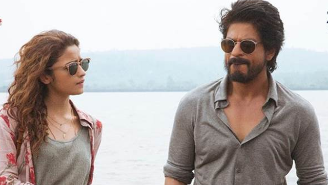 Dear Zindagi review: SRK offers many life tips but the film fails to inspire