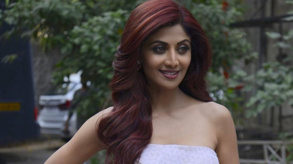 ShilpaShettyReviews: How the actress replied to trolls