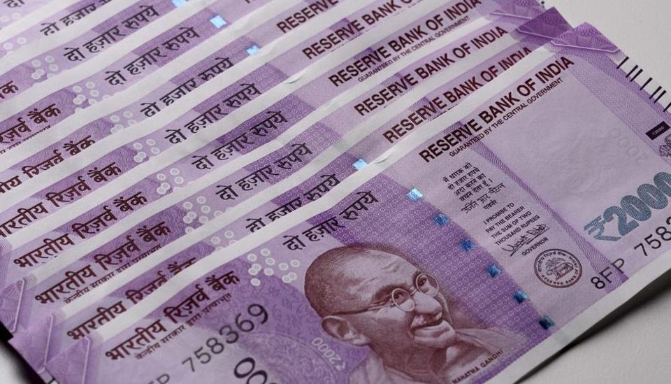 Karnataka: Seven middlemen arrested by ED, Rs 93 lakh in new notes seized