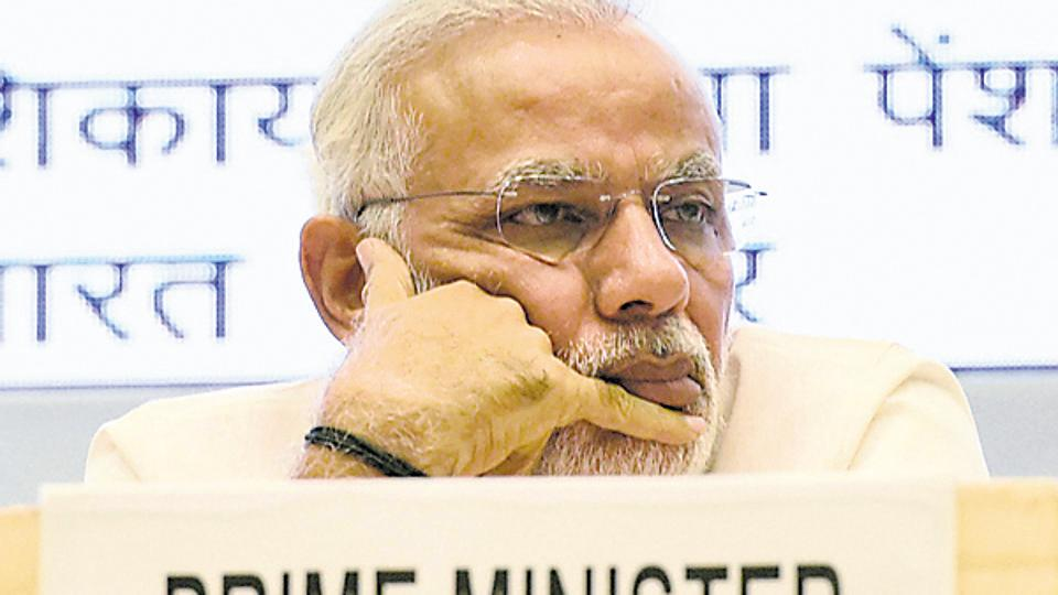 PM Modi's 50-Day deadline for re-monetisation set to fail: Here's why