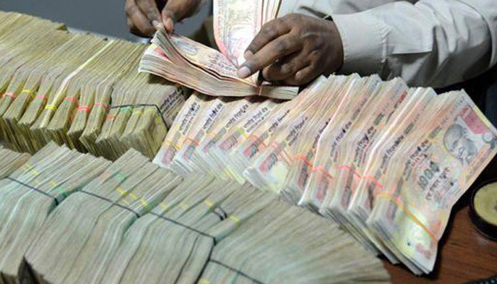Series of IT raids across country: New, old currency seized in Bengaluru, Panjim, Faridabad