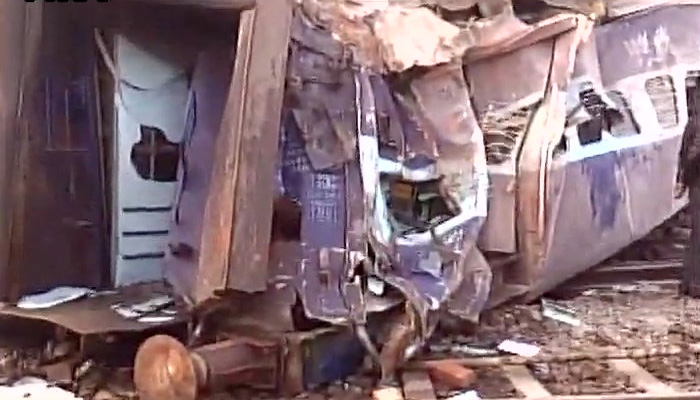 Kanpur train accident LIVE: Sealdah-Ajmer Express train derails, 2 coaches fall into canal; 2 dead, 65 injured