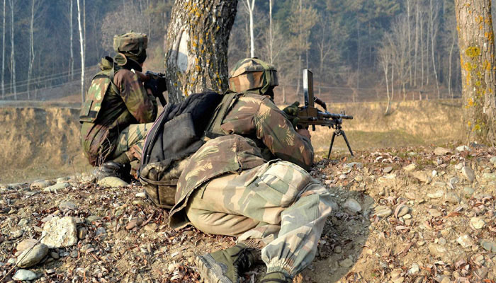 Kashmir: Encounter breaks out between security forces and terrorists in Bandipora