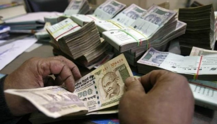 Demonetisation: Last day to deposit old Rs 500, Rs 1,000 notes today