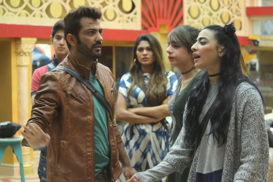 Bigg Boss 10 episode 85 highlights: Manu blames Bani for Nitibha-Manveer fight