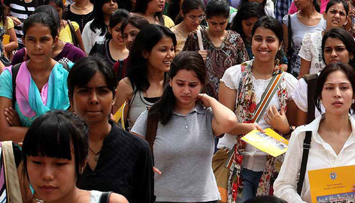 Good news for medical aspirants! Now, students can appear in NEET thrice till they become 25