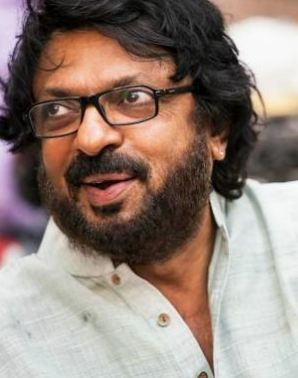 Padmavati: Sanjay Leela Bhansali stops shooting in Rajasthan after attack