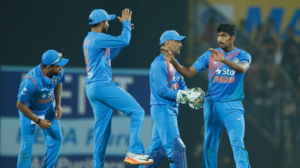Jasprit Bumrah, Ashish Nehra take India to five-run win vs England in thriller