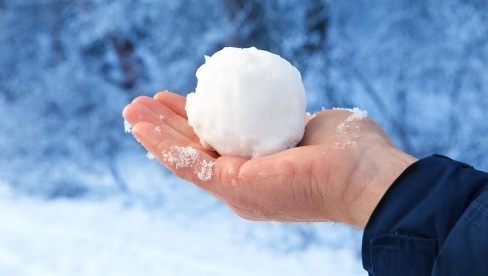 Winters care for your hands: Some DIY tips for men