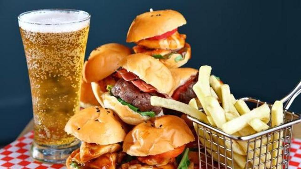 Be warned. Soda, pizza and salty food up your kid's liver disease risk