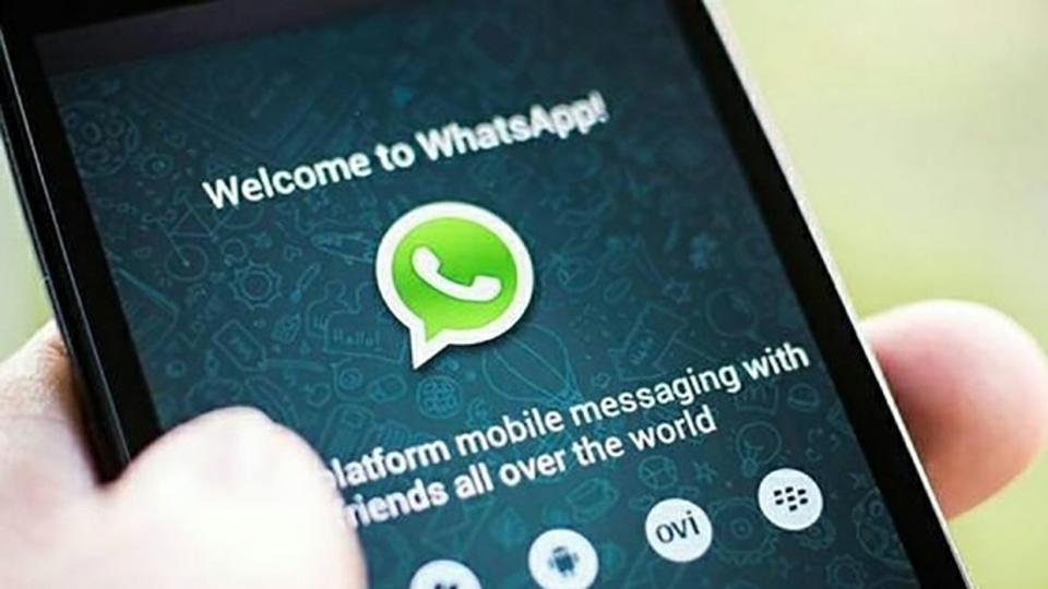 WhatsApp eyes biz app segment in India, to make money from commercial messaging