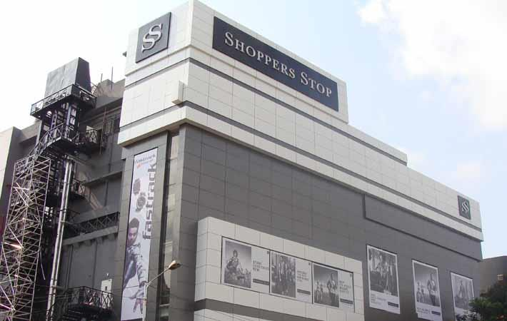 Contactless payments at Shoppers Stop