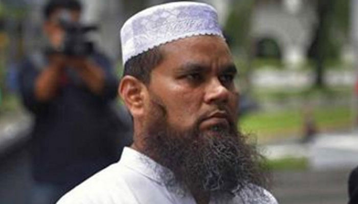 Singapore deports Indian imam Nalla Mohamed Abdul Jameel for hate speech against Jews and Christians