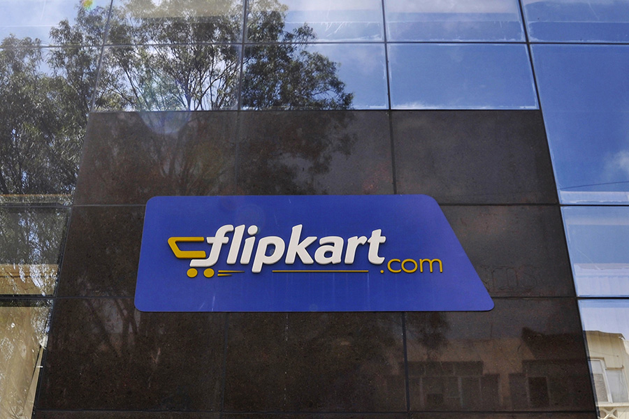Snapdeal sale to Flipkart a done deal?