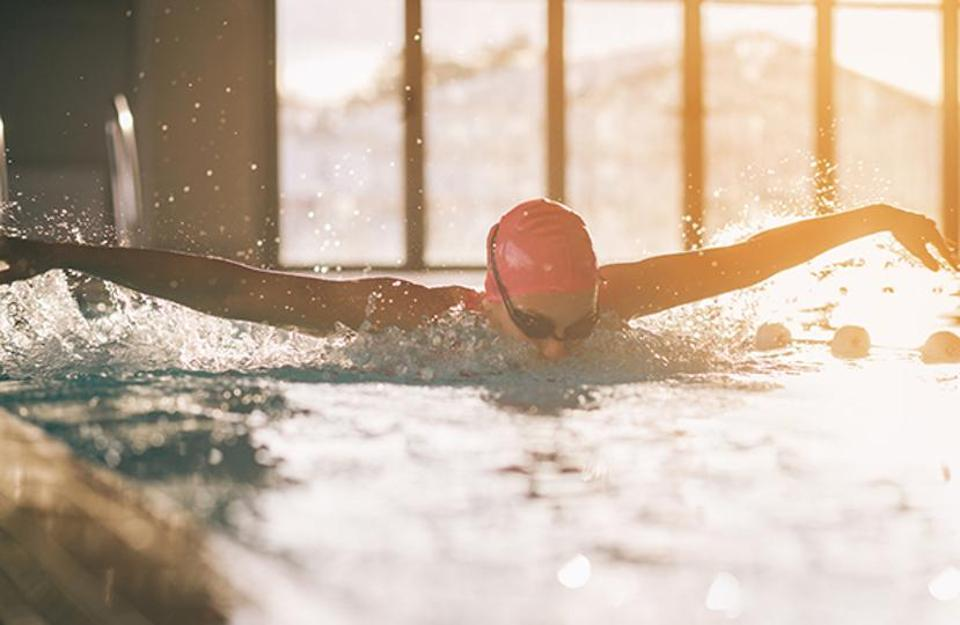 Swimming improves stamina among runners: Survey