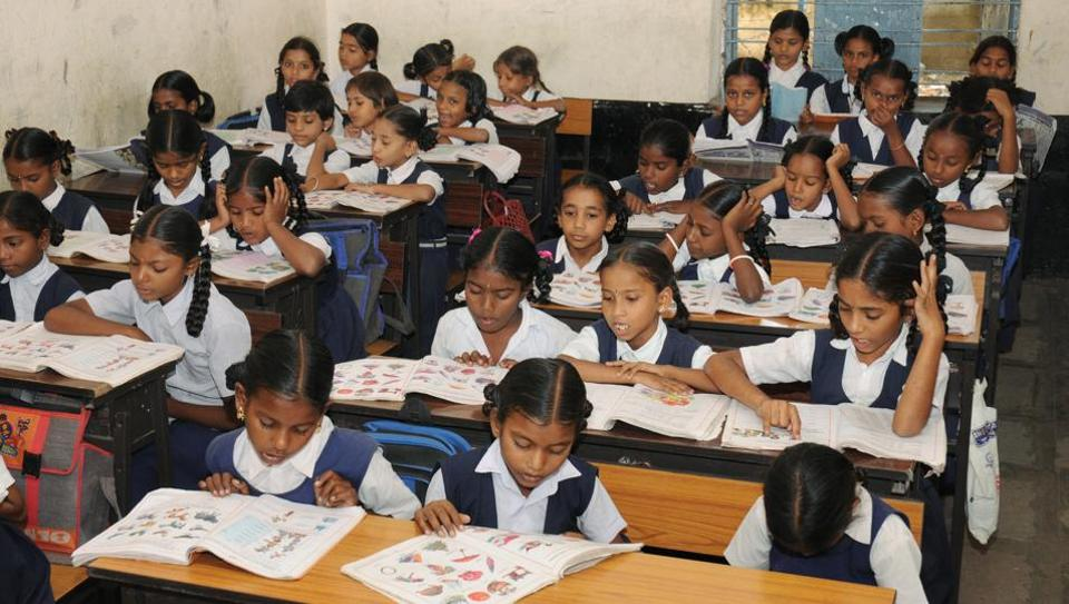 Hindi could be compulsory till Class 10 in all Kendriya Vidyalayas, CBSE schools