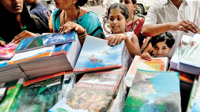 Schools should not run like shops selling essentials like books and uniform to children, The CBSE has told schools.