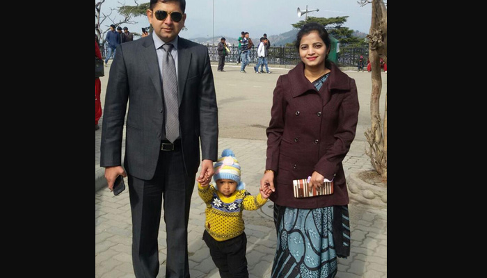 Himachal IAS-IPS couple `adopts` martyr Paramjit Singh's daughter