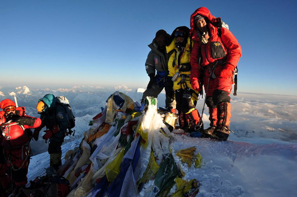 The First Indian Woman to Scale Mt Everest For The Fourth Time! : Meet Anshu Jamsenpa