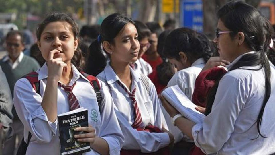 CBSE to approach SC,against Delhi HC order on marks moderation policy