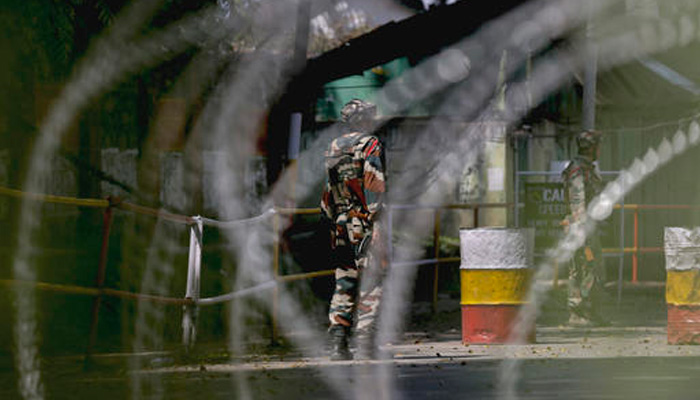 4 militants gunned down as Army foils infiltration bid in Rampur sector of Kashmir:  encounter on in Tral