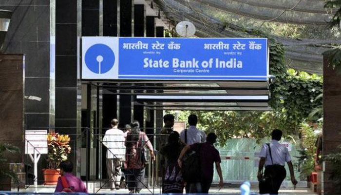 SBI new rule to be effective from today –Know about revised service charges on ATM withdrawal, online transaction and more