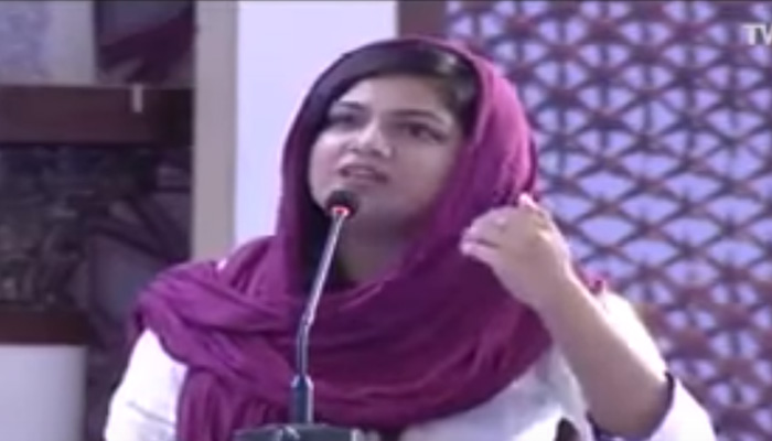 What happened when a young lady invoked Mohammad Ali Jinnah and uncovered Pakistan – Watch viral video