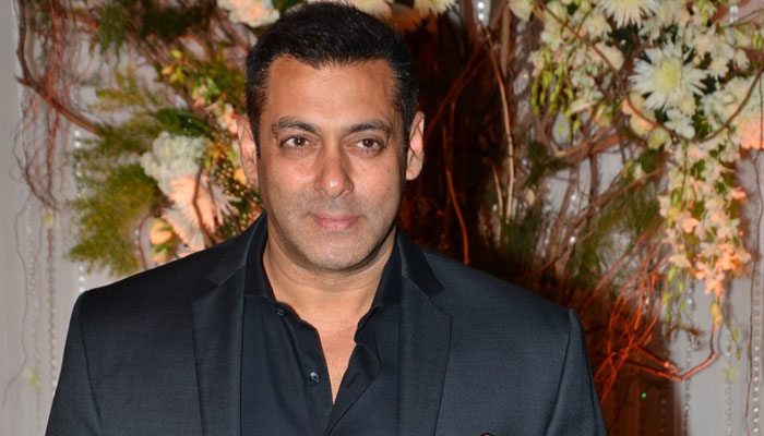 Salman Khan : Dialogue only solution, 'war mongers' should go to Borders