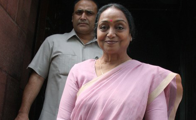 Presidential election: Meira Kumar files nomination; Sonia Gandhi, top opposition leaders present, Rahul tweets in support
