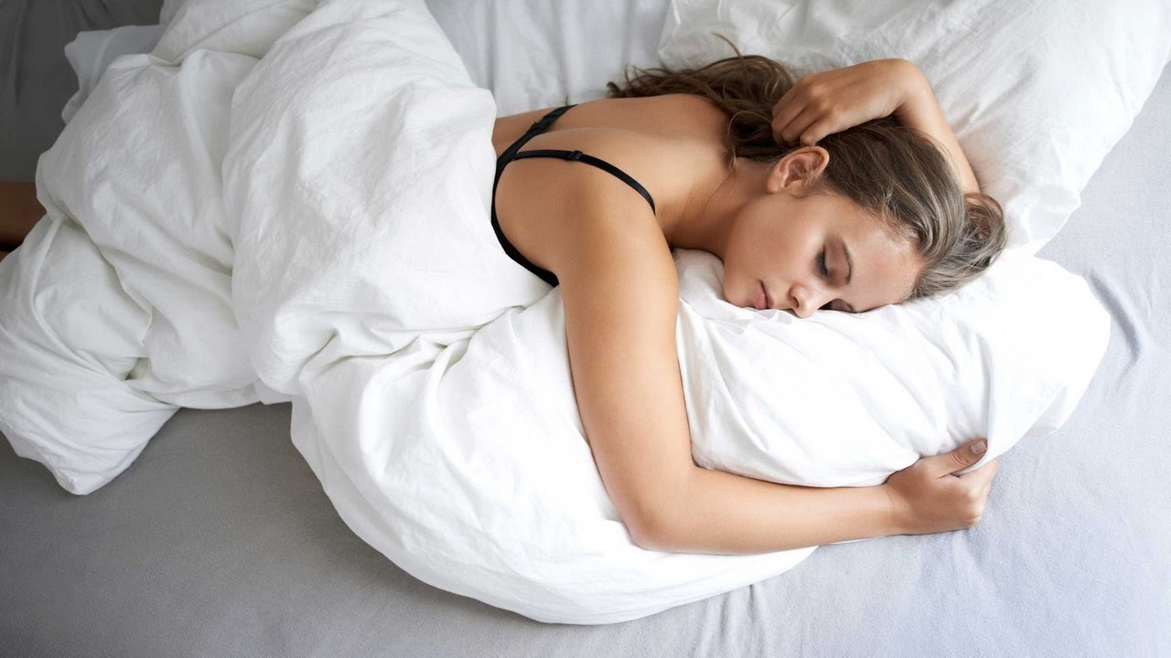 Few sleeping posture to improve your health and life