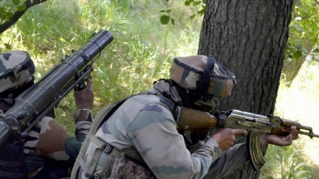 Jammu & Kashmir: Army Major & jawan killed in encounter with militants in Shopian