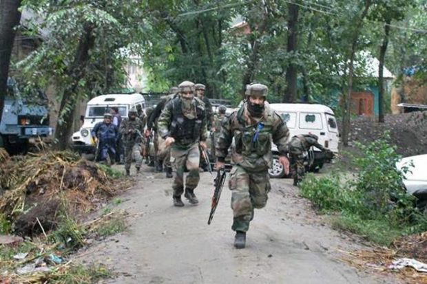 J&K : Hizbul Mujahideen terrorist killed in Anantnag encounter; Chinese hand grenade, SLR recovered