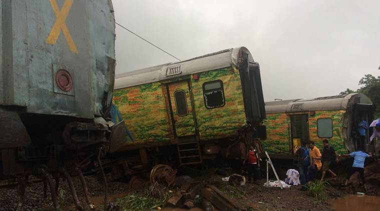 Nine coaches and engine of Nagpur Mumbai Duronto Express derails, rescue operations on