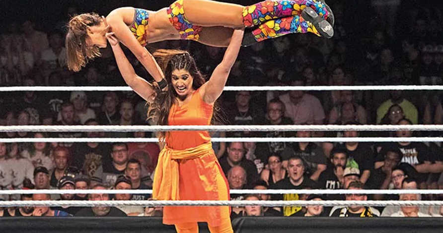 The First Indian Woman To Fight WWE Matches In Salwar-Kurti