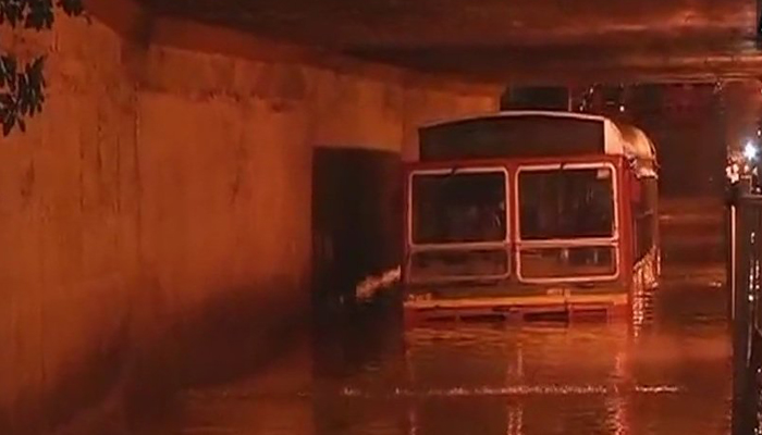 Mumbai Rains: Traffic snarls cripple city; trains, flights, buses hit