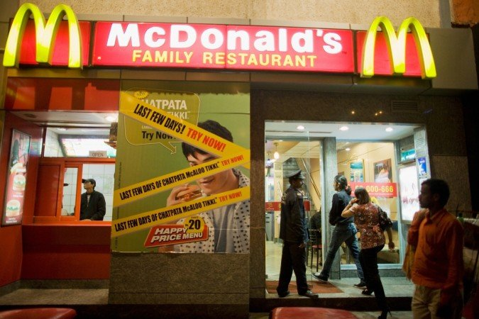 Let The Festivities Begin Early 'Cause 18 McDonald's Outlets Have Reopened In Delhi!