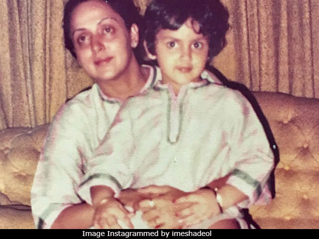 Here Are Esha Deol And Hema Malini From 1984
