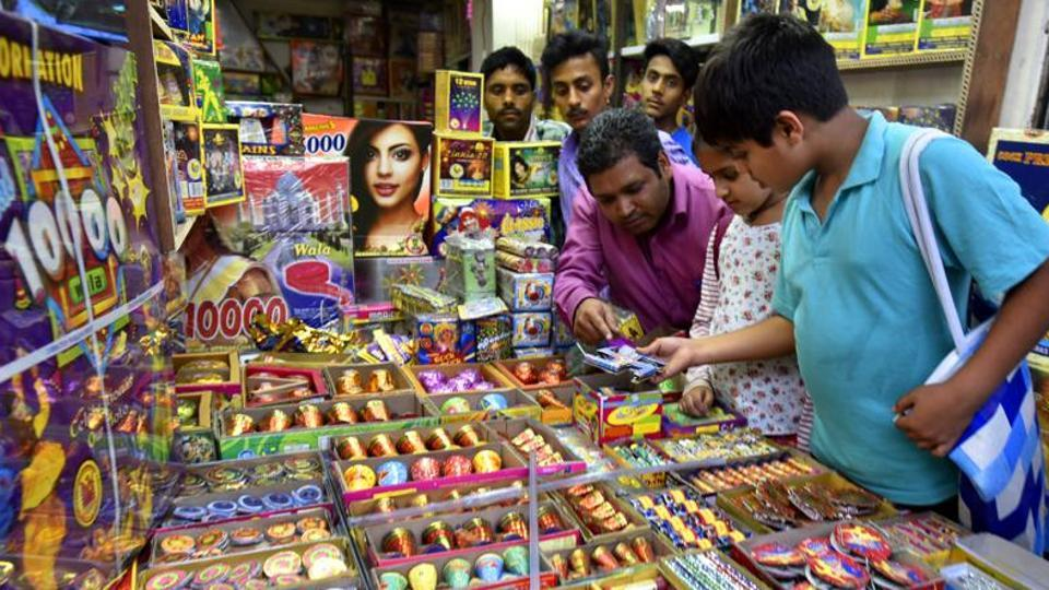 No firecrackers this Diwali: SC puts on hold sale in Delhi-NCR till November 1
