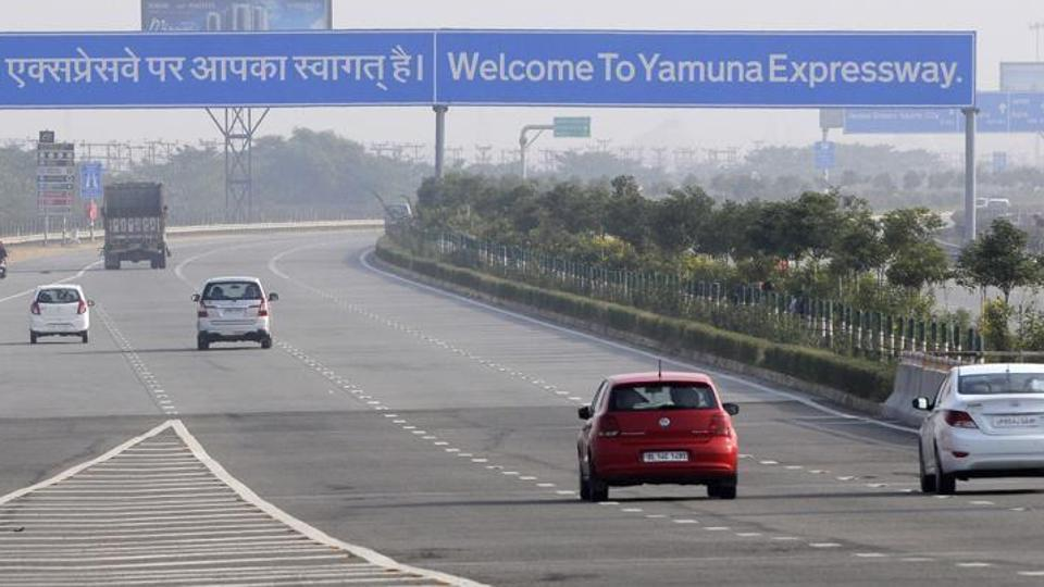 Jaypee tells SC it wants to sell Yamuna E-way for Rs 2,500 crore to pay homebuyers