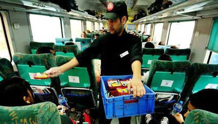 Indian Railways to introduce airline-like food, passengers may have to pay more.
