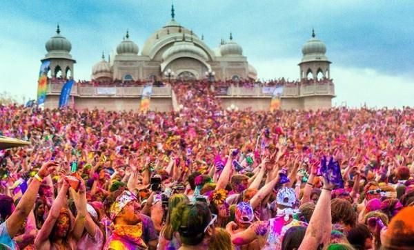 Top 10 Best Festivals From Around The World