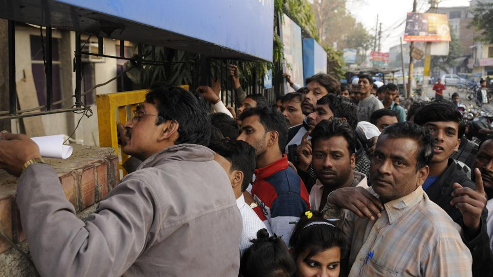 Cash crunch, long queues, frayed nerves: Tracking the first 10 days of demonetisation