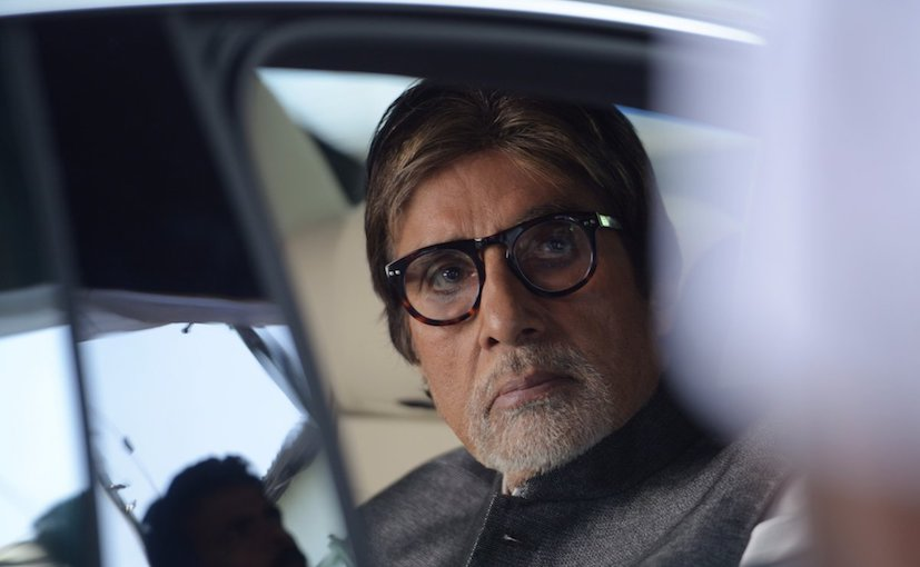 Amitabh Bachchan Escapes Accident As Rear Wheel Of His BMW Comes Off.